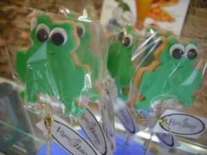 Shortbread frogs on sticks