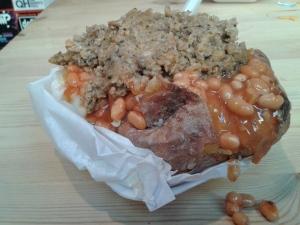 Medium serving with haggis & beans