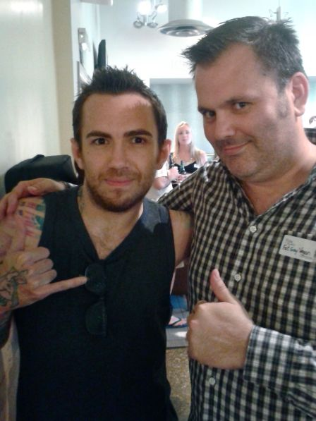 Jamie Kilstein & Fat Gay Vegan kicking it at London Vegan Drinks